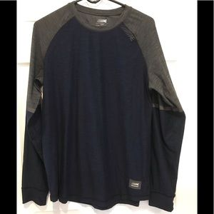 American Eagle Outfitters Shirts - Men's American Eagle medium t-shirt